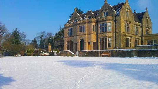 WINTER MANOR