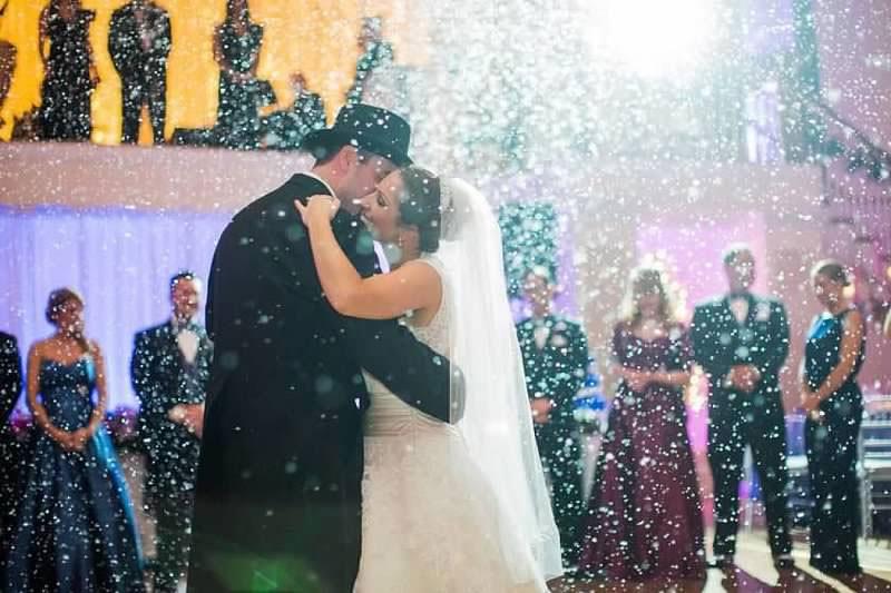 snow weddings